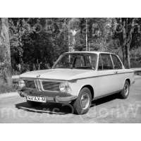 Модель BMW 02 (E10)
